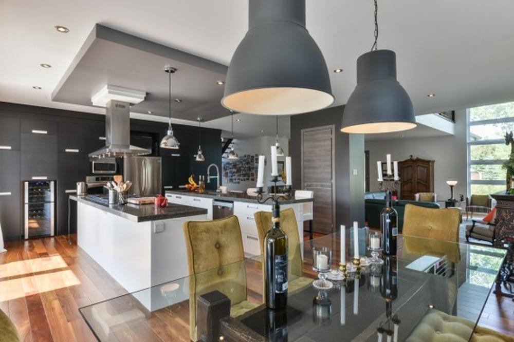 Maison à étages à vendre à Candiac - Online Directory ...